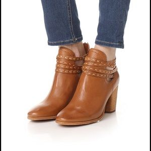 NWOB FRYE NAOMI PICK STITCH BOOTIES IN WHISKEY